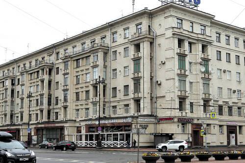 «Жилые дома Ленсовета» стали памятниками архитектуры