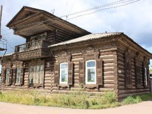 Киренск станет пилотным городом по сохранению деревянного зодчества