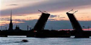 Новое приложение поможет туристам не опоздать на петербургские мосты