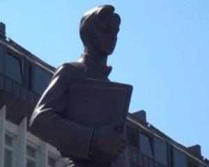 В Перми открыли памятник изобретателю радио Попову