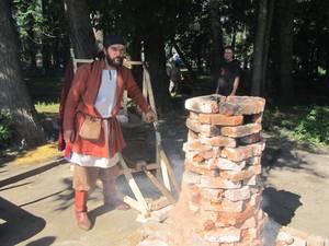 В Нижнем парке Липецка запустили домну XVIII века